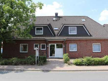 Gepflegte Maisonette-Wohnung mit vier Zimmern sowie Balkon und Einbauküche in Harpstedt
