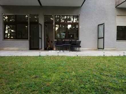 Appartement sucht NachmieterIN: 30qm Terrasse, 100qm Garten,all incl: WLAN, Strom, TG, Heizung usw