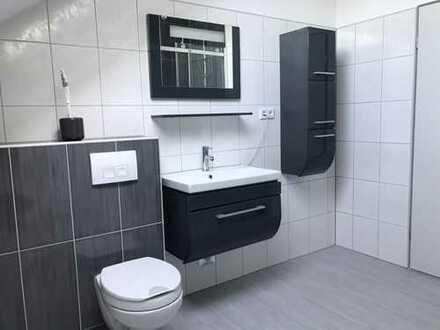 Vollständig renovierte 3,5-Zimmer-Wohnung mit Balkon und EBK in Kastellaun