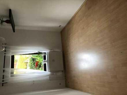 Vermiete ein Helles WG-Zimmer mit Terrasse und Garten in Erdgeschoss in Waldbröl