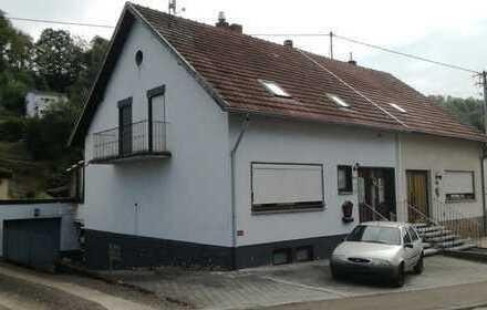 Einfamilienhaus mit Garage in Beckingen - Zwangsversteigerung - Käufer provisionsfrei