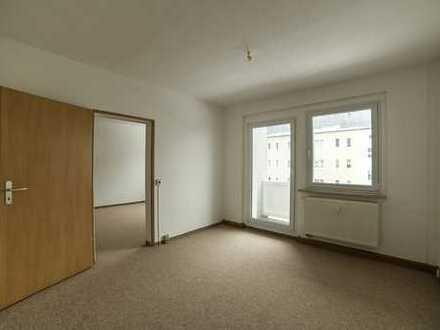 Helle 3-Raum-Wohnung mit Balkon zur Vermietung