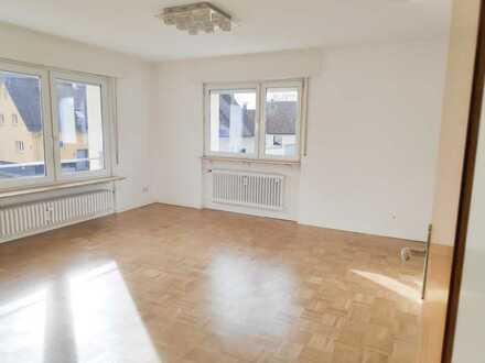 Freundliche Wohnung mit drei Zimmern in Baden-Baden/Haueneberstein