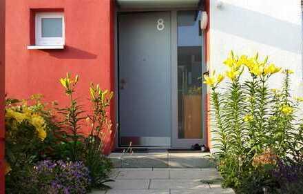 Schönes Haus mit moderner Einbauküche und Garten in Karlsruhe, Neureut