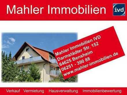 Gemütliche 3 ZKB Eigentumswohnung mit zwei Balkonen und Garage in Auerbach