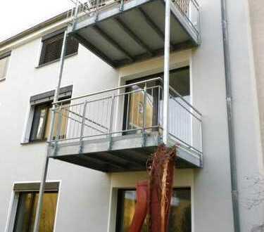 Ruhige 4-Zimmerwohnung mit Balkon in Junkersdorf *Küchenübernahme erwünscht*