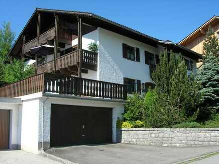 Gepflegte Wohnung mit zwei Zimmern und Terrasse in Freyung