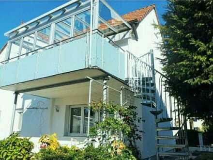 Exklusive 3,5-Zimmer-Wohnung mit Balkon und Einbauküche in Gaertringen