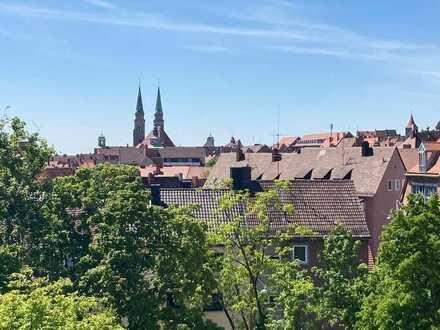 Wunderschöne 3-Zimmer-Wohnung mit Einbauküche und frisch renoviertem Bad in Nürnbergs Altstadt