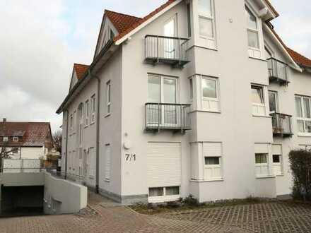 Top gepflegte 1 Zimmer Erdgeschoss-Wohnung mit EBK sowie Terrase und kl. Garten in 71116 Gärtringen