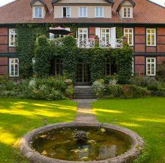 helle 120 m² Wohnung im denkmalgeschützten Fachwerkhaus