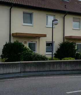 Großzügiges RMH mit fünf Zimmern in Rhein-Pfalz-Kreis, Limburgerhof