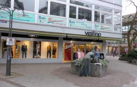 Ladenlokal Fußgängerzone mit großem Lager