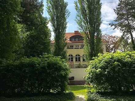 QAA - Moderne Villa (Wohnen o. Gewerbe) in Berlin-Westend