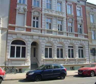 Schöne Altbauwohnung mit Balkon in Stendal provisionsfrei