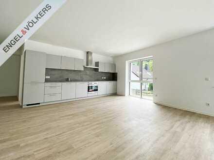 ENGEL & VÖLKERS - Neubau Erstbezug: 3 - Zimmer - Wohnung mit Balkon und EBK!