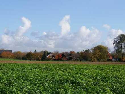 Freistehendes Landhaus mit großzügigem Garten und seltener Fernsicht!
