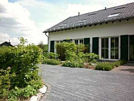 Achtung Gartenliebhaber!!! Landhaus-Idylle in ruhiger Grünlage