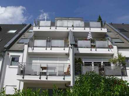 Exklusive, neuwertige 2-Zimmer-Wohnung mit Balkon und Einbauküche in Dreieich-Offenthal