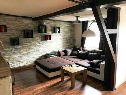 Außergewöhnliche 6 Zimmerwohnung mit Traum-Dachterrasse!!!