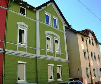 **OBERHAUSEN** Praktisch geschnittene 3 ZKB- Dachgeschosswohnung in gepflegter Wohnanlage W3