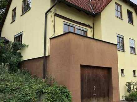 Reiheneckhaus mit Garage, Balkon und Terrasse – frei ab 01.04. bzw. früher!