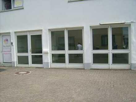 Büro-/ Geschäftsräume in zentraler Lage