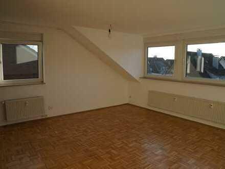 Schöne, helle drei Zimmer Dachgeschoßwohnung in Dorsten- Holsterhausen