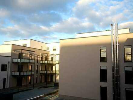 Ihr neues Zuhause im Town House auf zwei Ebenen: 5 Zimmer mit Balkon, Terrasse und Einbauküche