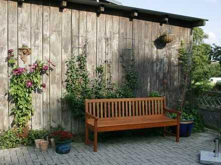 Suche Mitbewohnerin/Mitbewohner in sehr großer Wohnung (200 m²) in Bissee