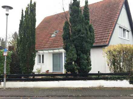 Schönes, geräumiges Haus aus mit sechs Zimmern und Garten in Grünstadt/Sausenheim