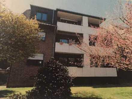 Erstbezug nach Sanierung mit Balkon: stilvolle 1-Zimmer-Wohnung in Duisburg