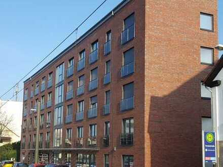 Helle 4-Zimmer-Wohnung mit großem Balkon in Hannover-Hainholz