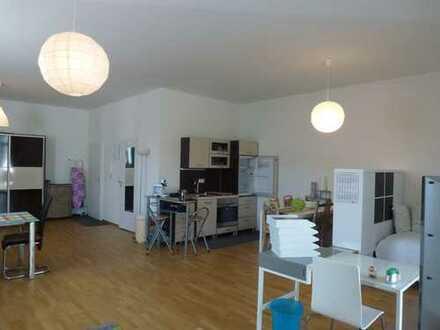 Schöne, helle 1ZKB-Wohnung nahe Universität und OTH in der Studentenstadt Pentling