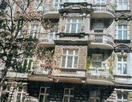 Schöne, gepflegte bel Etage 5-Zimmer-Wohnung in Tiergarten, Berlin