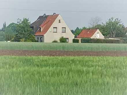 Renoviertes Haus mit 4 Zimmern in ruhiger Lage in Weyhe-Erichshof zu vermieten von privat