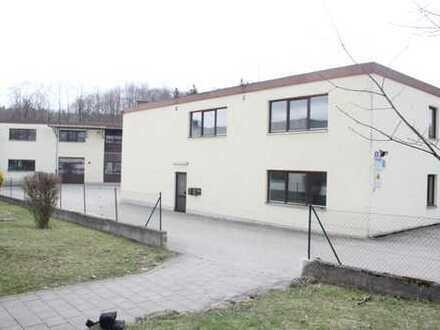 1.660qm Produktions-, bzw. Lagerkomplex mit Betriebswohnungen und Büros