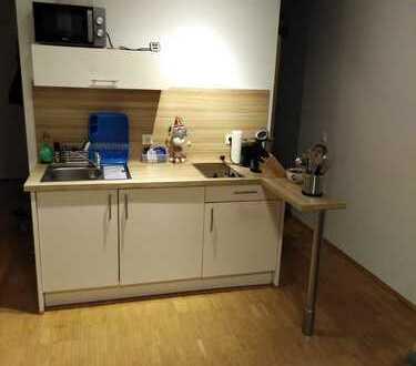 Hochwertiges Apartment komplett ausgestattet inkl. Balkon und Stellplatz in Rhein-Erft-Kreis, Hürth