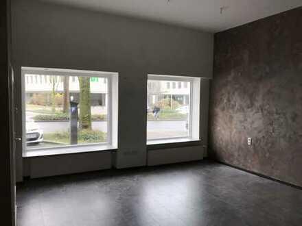 Schönes Ladenlokal mit zwei großen Schaufenstern, nahe der Innenstadt
