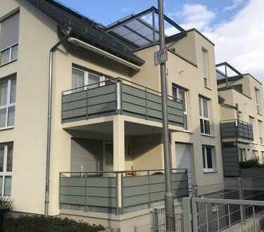 Seniorengerechte, moderne 3 Zimmer Wohnung mit TG-Stellplatz und Balkon