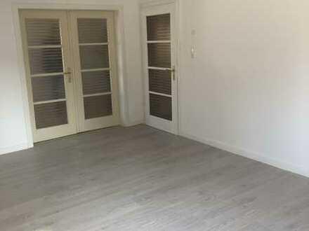 Renovierte 3/4-Zimmer-Wohnung in der Stadtmitte von 55232 Alzey