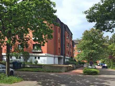 Modernisierte 4-Zimmer-Maisonette-Wohnung mit Balkon und EBK in Hannover