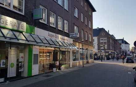 Ladenlokal in hervorragender Lage - direkt am Gasthausplatz - vielseitig nutzbar - provionsfrei