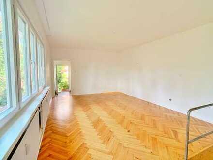 Wohnung(Haus) über 2 Stockwerke in schönem Garten an Einzelperson o. junges Paar zu vermieten