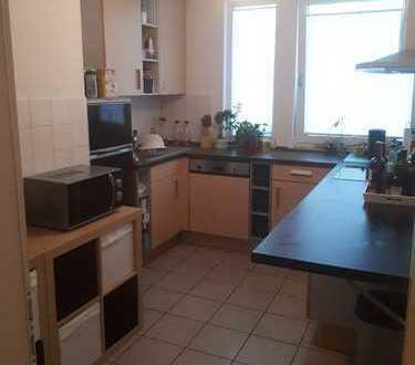 Gepflegte 3-Zimmer-DG-Wohnung mit Balkon in Sankt Augustin