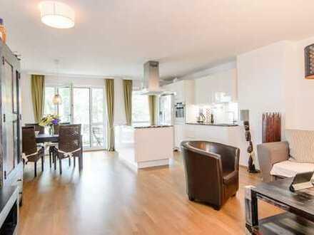 Großzügige neuwertige 4 Zimmer Wohnung mit zwei großen sonnigen Loggien, Nähe U-Bahn