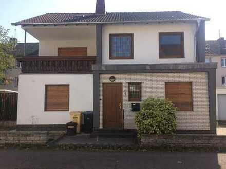 Solides Einfamilienhaus im Herzen von Bonn- Duisdorf zu verkaufen