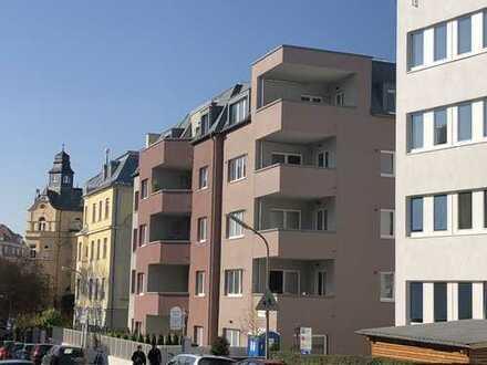 Beethovenviertel Augsburg - Exklusive Wohnung mit großer Süd-Loggia - Bahnhofsnähe