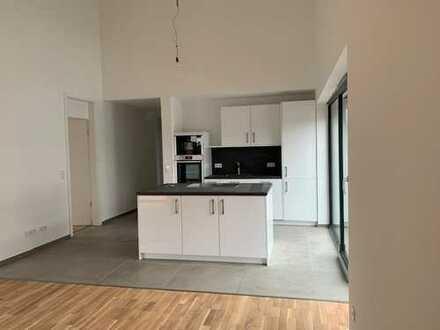 Erstbezug mit Balkon: attraktive 3-Zimmer-Wohnung in Hiddenhausen in einem Zweifamilienhaus