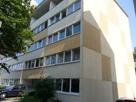 Schöne 3 Zimmer Wohnung mit Balkon!